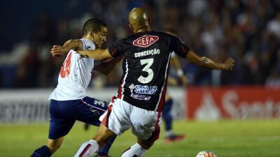 Nacional y River Plate, ambos de Uruguay, empataron sin goles.
