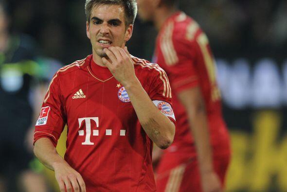 La alineación en la portería -donde estará Manuel Neuer- y en la línea d...