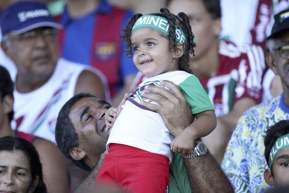 Y esta hermosura también es del Fluminense, desde chiquita que la...