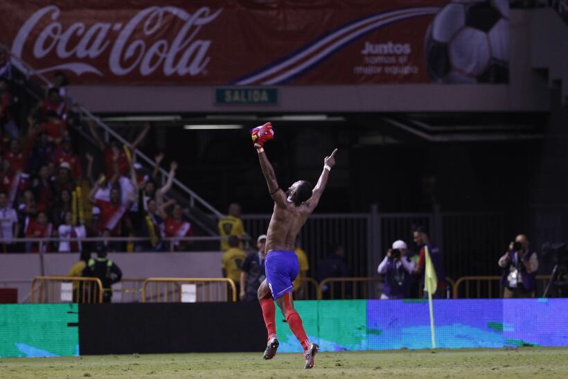¡Costa Rica está en el mundial! Con gol de último mi...