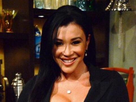 Claudia López es la señorita del tiempo en Noti-Perro.