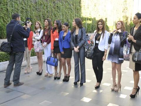 El bello grupo de Lupita Jones tuvo la oportunidad de viajar a la Ciudad...