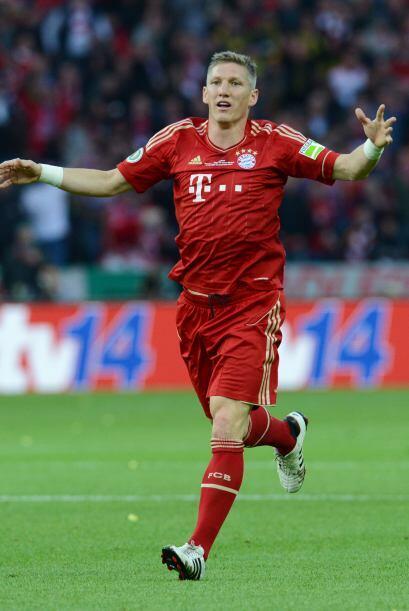 Acompañando a Pranjic, estaría Bastian Schweinsteiger con una mayor proy...