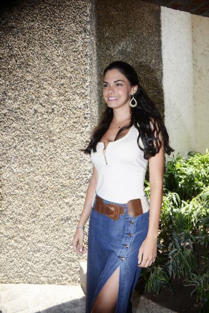 """¿Que te parece el """"outfit"""" de Livia a su llegada al hotel?"""