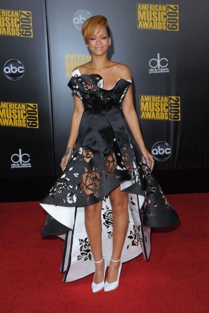 Si bien no fue a los Grammy, ¡definitivamente no podía faltar a los AMA!...