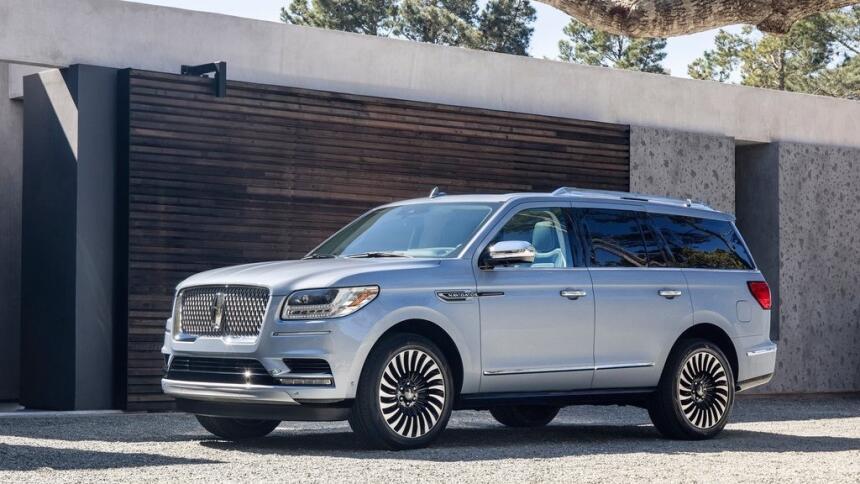 Si ganas  la lotería, no parezcas una Kardashian: estos son los autos qu...