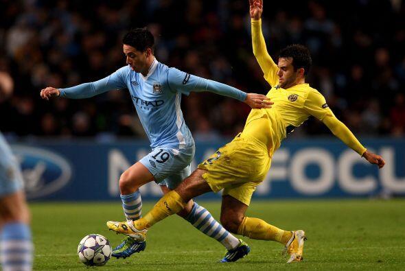 En otro de los partidos, Manchester City venció de local al Villarreal.