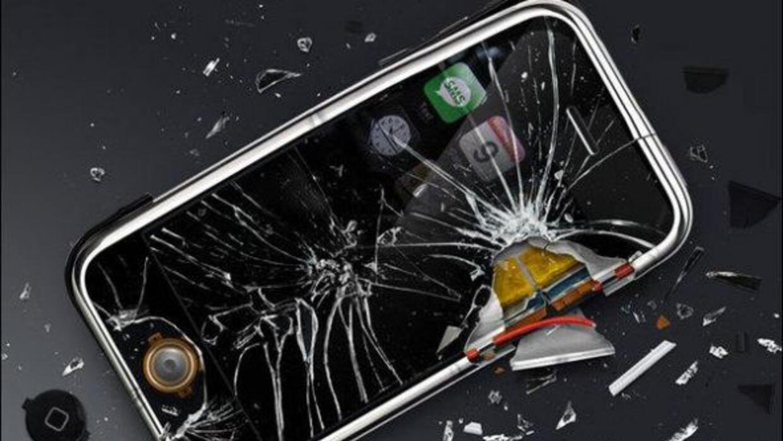 Usuarios de BitCoin decidieron destruir sus teléfonos de Apple. (Foto:M...