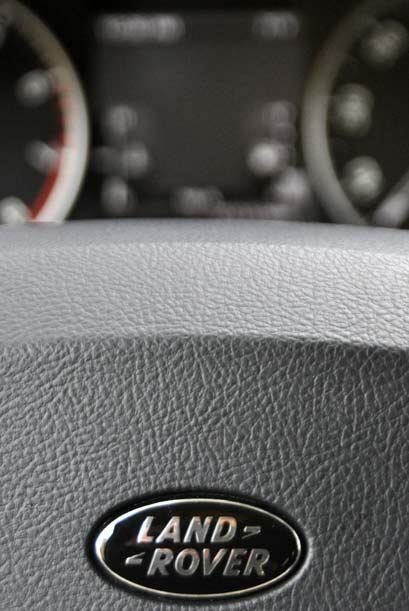 Land Rover se caracteriza por ofecer un alto nivel de confort, lujo y ág...