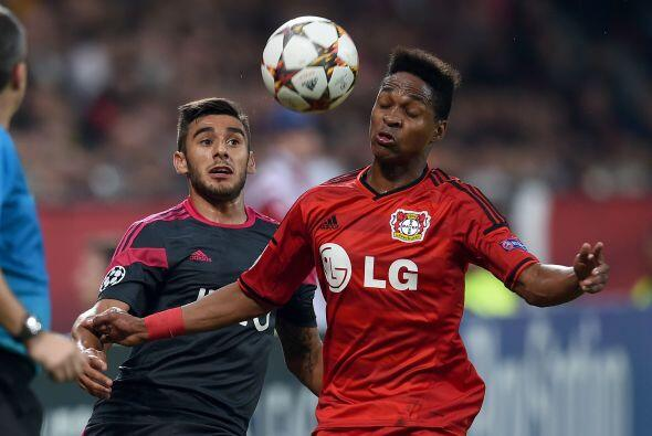 El Levekusen se impusó por 3-1 al Benfica en partido del grupo C