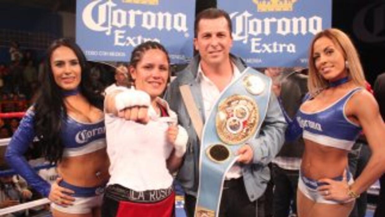 La 'Rusita' Rivas venció a Matthysse por decisión unánime (Foto: Canelo...