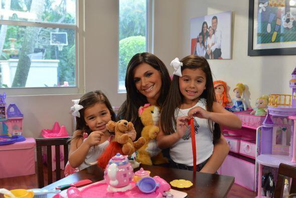 Nuestra querida Bárbara Bermudo, presentadora de Primer Impacto y mamá d...