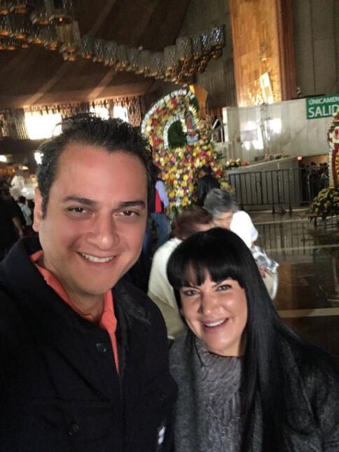 Alejandra Ávalos y su pareja Eduardo Philippe