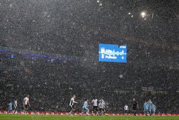 Por momentos costó ver las acciones por la gran cantidad de nieve que cayó.