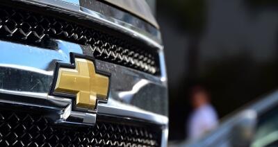 La Chevrolet Silverado, el vehículo más vendido de la corporación, está...