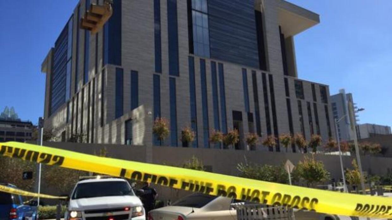 Esta mañana un sospechoso disparó contra edificios públicos en Austin, i...