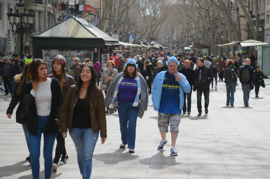 En fotos: Así luce La Rambla de Barcelona en un día normal GettyImages-4...