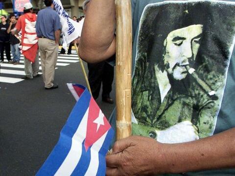 """""""Fue muy emotivo escuchar la voz del Che Guevara recitando a C&eacu..."""