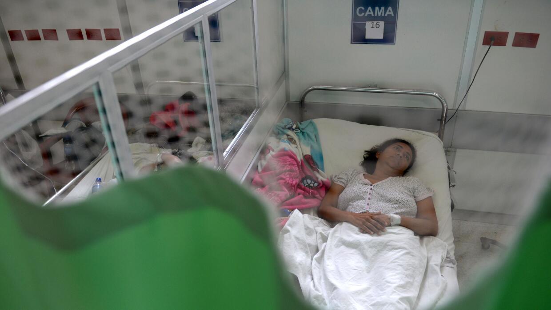 Una paciente con el SGB se recupera en el área de neurología del Hospita...
