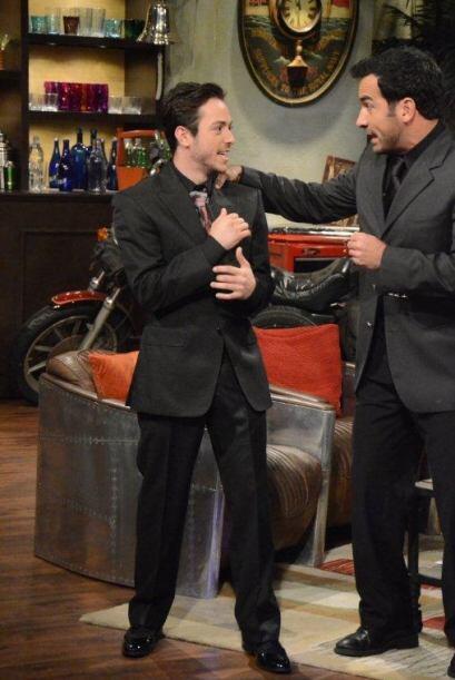 """El invitado está actuando en la telenovela """"El Talism&aacute..."""