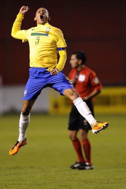 El Sub 17 de Brasil revalidó en Quito el título de Campe&o...