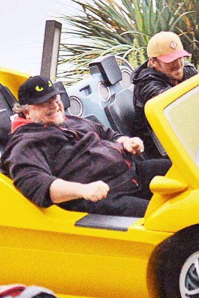 Los dos disfrutaron todo el día de los parques en Anaheim.