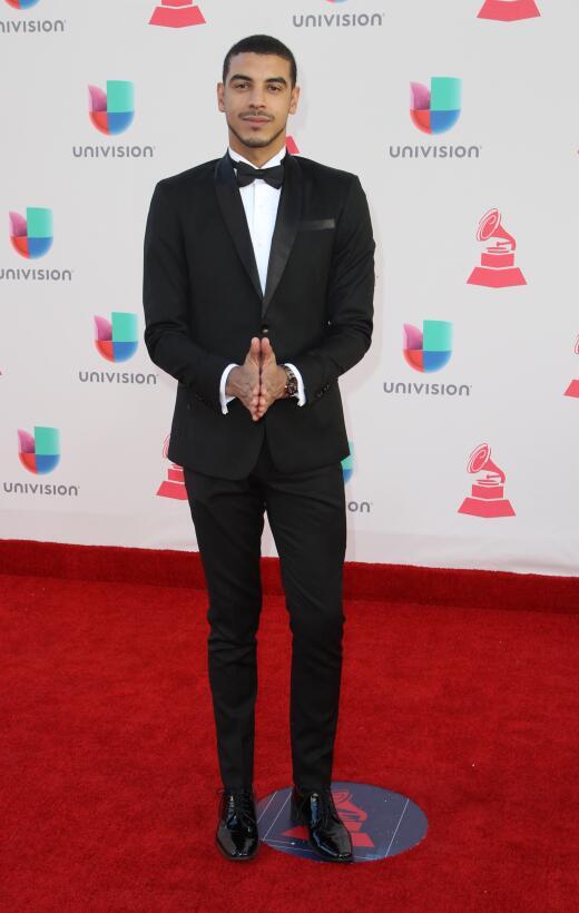 Los hombres (mejor vestidos) en la alfombra roja de los Latin Grammy Get...
