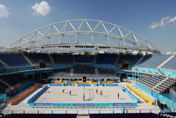 En 2004 se veía espectacular el estadio de Volibol.
