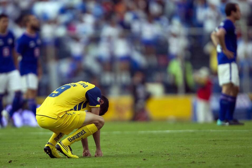 Nápoles arrolla al Benevento y el Milan no falla ante Udinese 20101003_9...