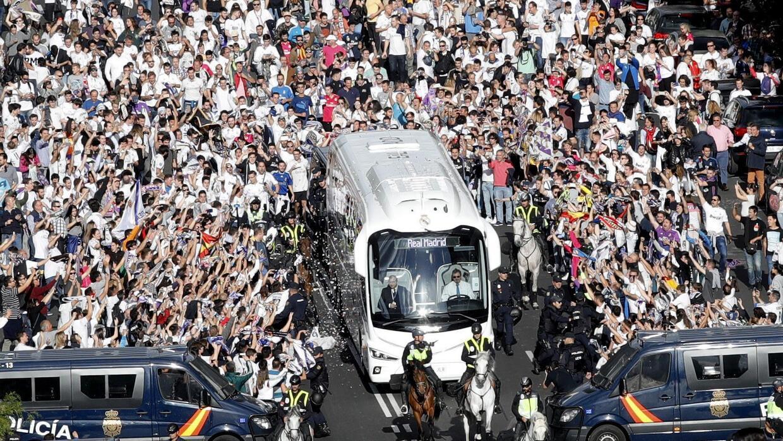 Cristiano le llenó la canasta al Atlético, y los memes también 636293504...