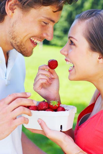 La emoción de un romance interfiere en la información exterior que recib...