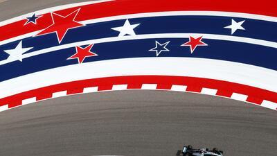 Lewis Hamilton a bordo de su Mercedes.