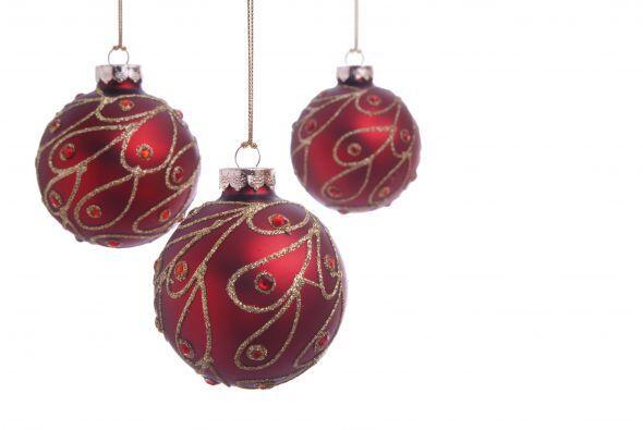 Ornamentos con estilo. También puedes decorar los adornos de tu árbol co...