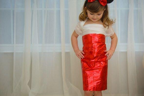 La pequeña Mayhem luciendo su vestido de Minnie.   Crédito: Instagram.co...