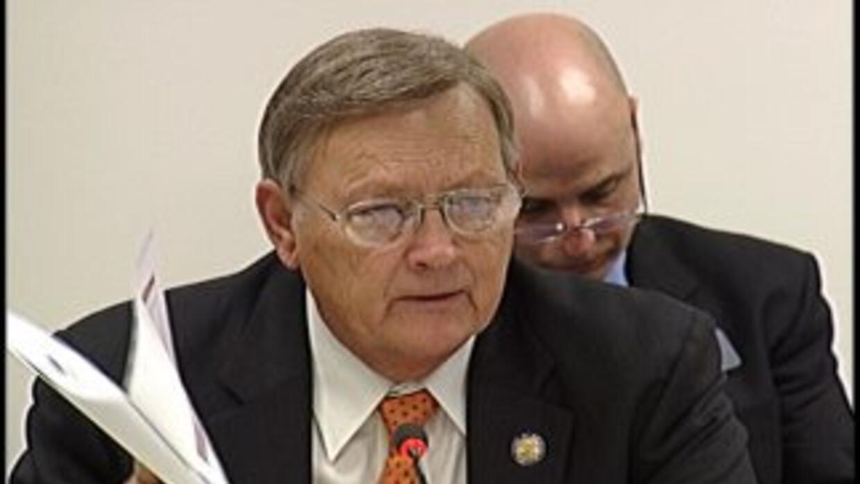 El senador estatal Jack Murphy hizo comentarios antiinmigrantes durante...