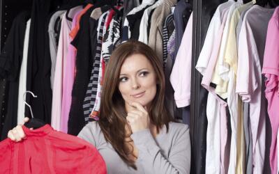 Tómate el tiempo necesario para clasificar la ropa, tú dec...