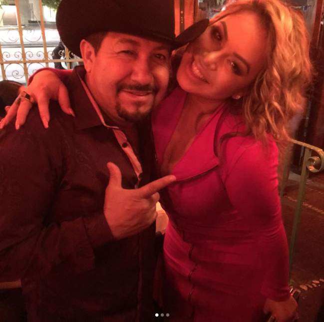 Chiquis Rivera no se aguanto y también quiso bailar banda con El Feo.