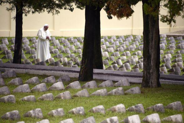 El pontífice argentino ha viajado al nordeste de Italia para conmemorar...