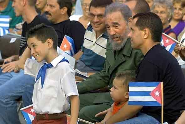 Al final, Castro logró que el pequeño volviera a la isla,...