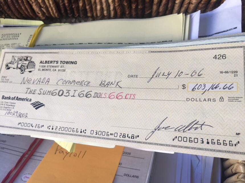 Un depósito de más de 600,000 dólares que realizó el empresario Joe Albe...