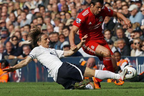 Pero el escandaloso resultado del día lo dio el Liverpool en su choque c...
