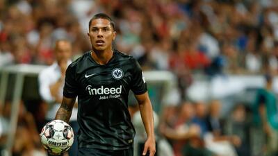 Tigres anuncia arribo a México de Carlos Salcedo para este domingo