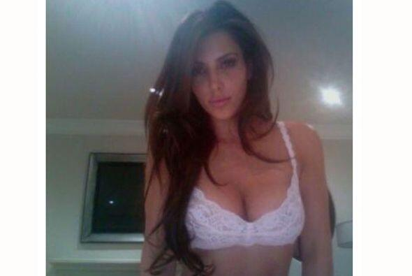 La reina de las curvas es sin duda Kim Kardashian.