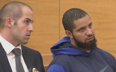 Ante una corte fue presentado el hombre señalado de asesinar a tiros a s...