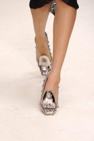Este par pertenece a la última pasarela que presentó Christian Dior. ¡Na...