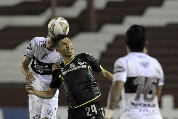 Oribe Peralta luchó hasta el final para conseguir el triunfo de 'los Gue...