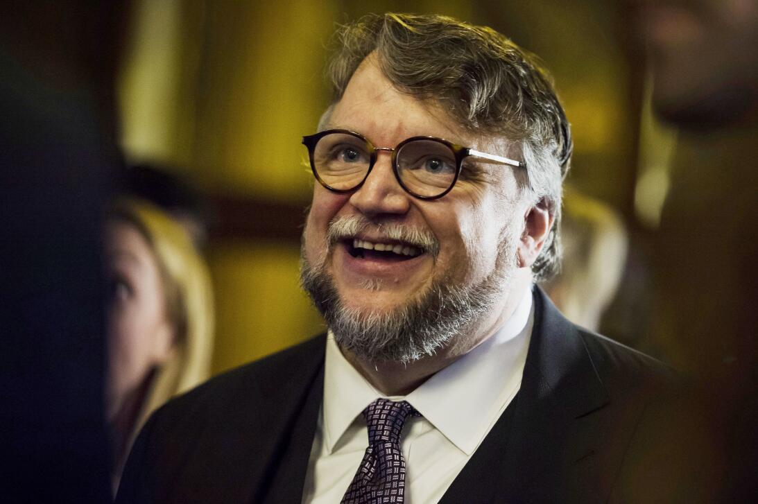 """Guillermo del Toro llega a la función de """"La forma del agua"""" (""""The Shape..."""