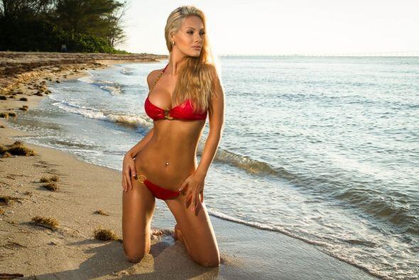 La modelo búlagara ha señalado que su tenista favorito es el suizo, y qu...