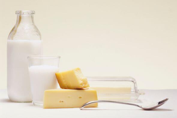 Toma en cuenta: Ofréceles alimentos y bebidas saludables- El calcio es u...