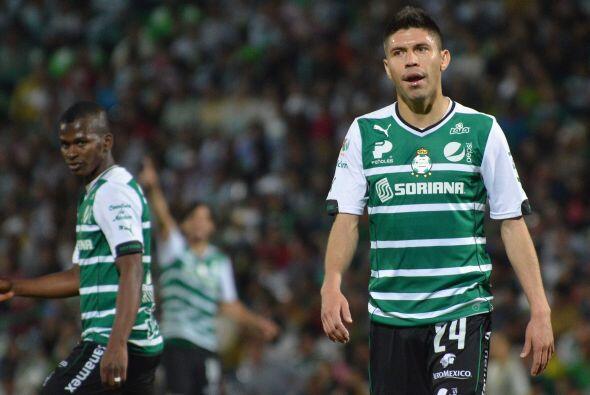 Anotó los goles de su equipo a los minuto 21 y 91, ya en la agonía del p...